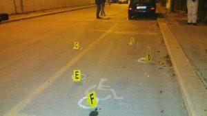 FOTO | Gambizzato ad Orta Nova davanti alla caserma dei carabinieri